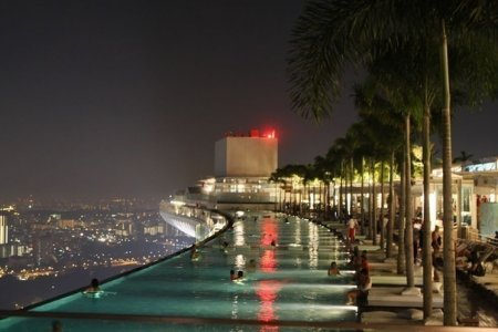 Отель Marina Bay Sands в Сингапуре.