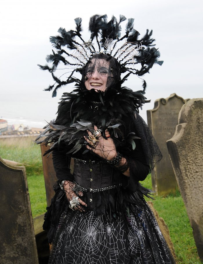 Фестиваль готики «Whitby Gothic Weekend» в Великобритании